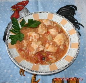 Куриная грудка в помидорном соусе