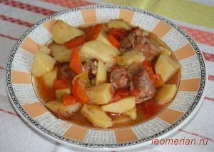 Запеченная свинная шейка с овощами