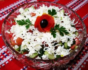 """Овощной салат с брынзой """"Шопский салат"""""""