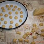 Персики - приготовление теста