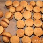Персики - приклеяные половинки