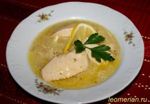 Куриная грудка в белом соусе по-болгарски