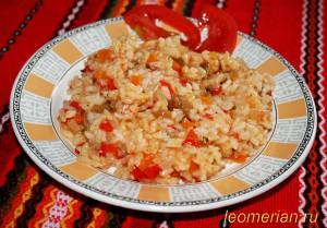 Рис с баклажанами и болгарским перцем по-болгарски