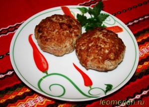 Зразы из индейки с сыром по-болгарски