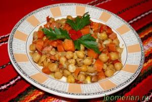 Нут с овощами по-болгарски
