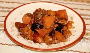 Тыква, запеченная с сухофруктами и грецкими орехами