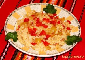 Постный рис с болгарским перцем