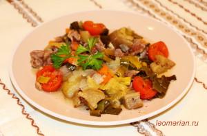 Говядина с овощами, запеченая в горшке